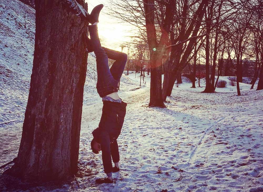 handstands in tallinn